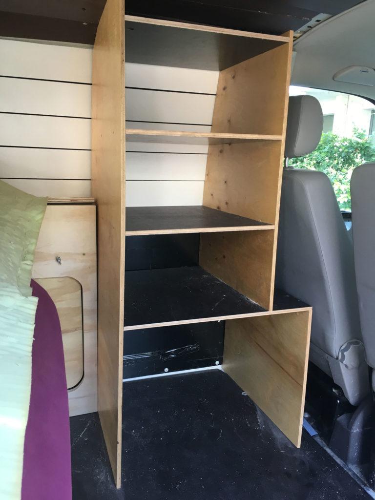 freigeist VW T5 Camper - Möbelbau Schrank
